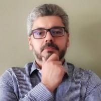 Prof. Eduardo Vianna de Camargo Neves