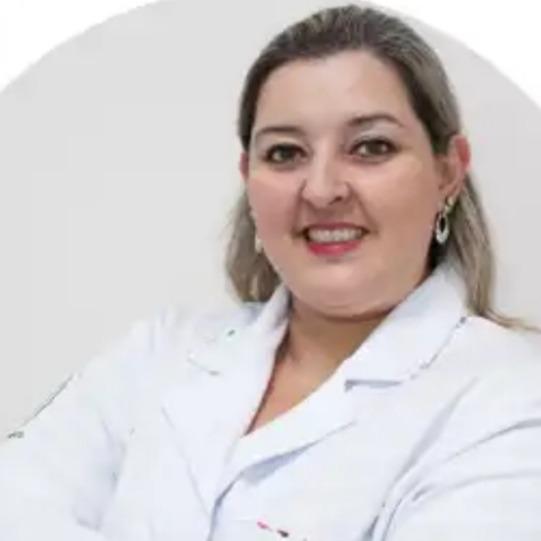 Profa. Me. Giorgia Caroline Mendes