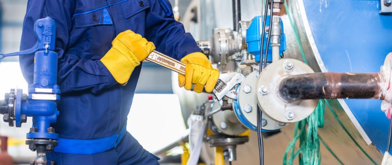 Qualificação Profissional em Inspeção e Manutenção na Indústria do Petróleo