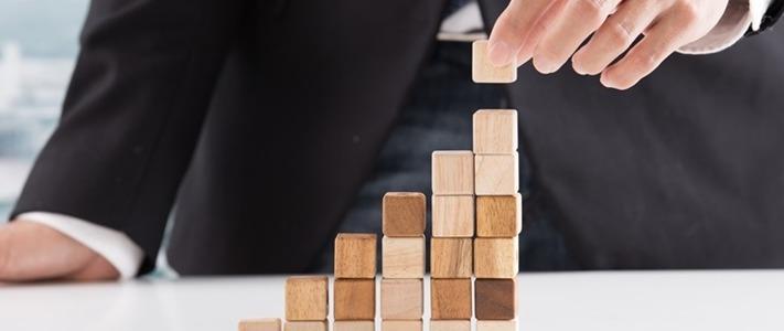 Gestão Empresarial: Estudos de caso de gestão (Apple, Amazon e Netflix)