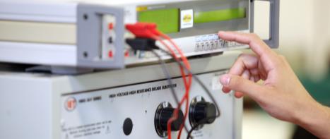 Calibração de Instrumentos de Medição Grandezas Elétricas
